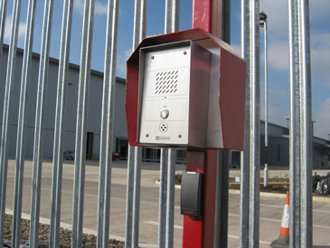 Access-Controlled-Barriers-with-VOIP-Intercom